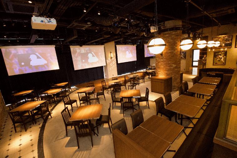 MLB café FUKUOKAの内観
