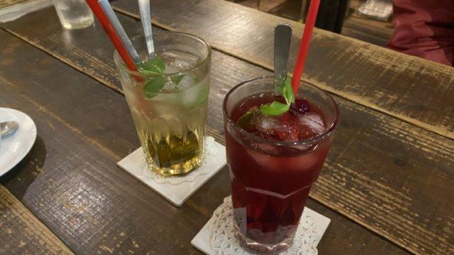 クーデリーカフェのフルーツ酢ジュース