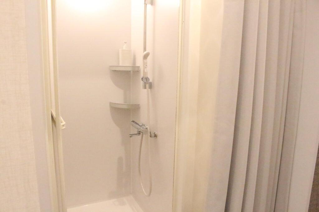ローランドビューティーラウンジのシャワー室